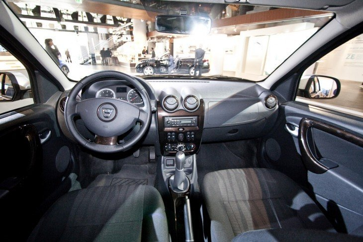 Painel interno Renault Duster 2012