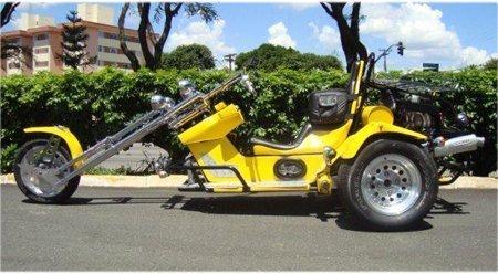 Veículo triciclo