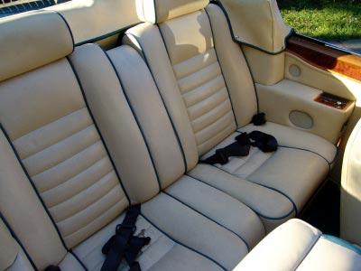 o que estraga o banco de couro do seu carro carro de. Black Bedroom Furniture Sets. Home Design Ideas