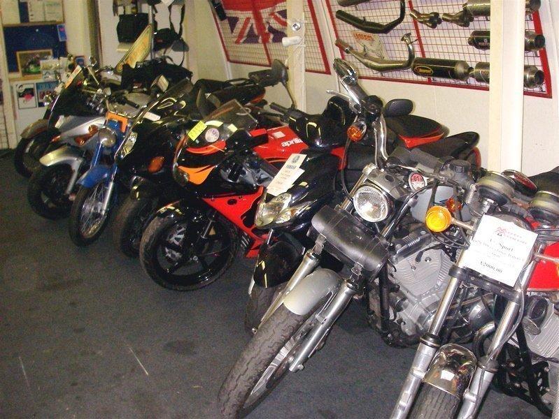0aaa7db94b9 Vale a pena comprar moto usada? - Carro de Garagem