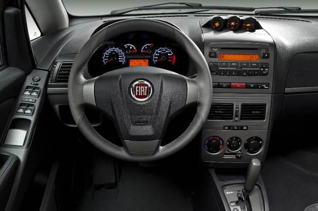 Fotos do novo Idea 2011 - Carro de Garagem