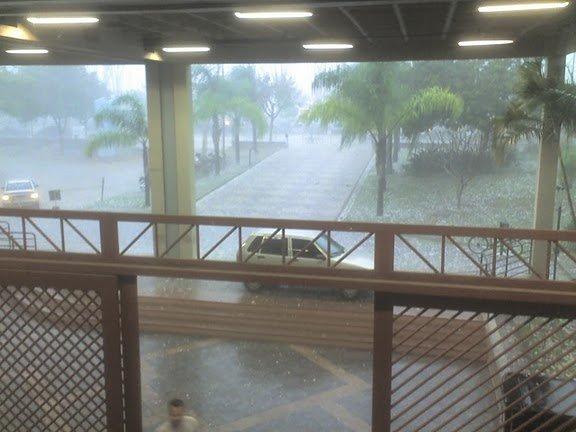 Chuva de granizo em Belo Horizonte - ICEX UFMG